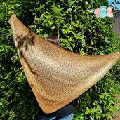 couleur naturelle, teinture textile, laine, soie, magasin de laine, développement durable, mérinos, laine locale, laine artisanale, chale, fonty, boutique laine, bonnet, achat laine pas cher