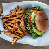 Dietitian-Approved Tips for Building a healthier Burger