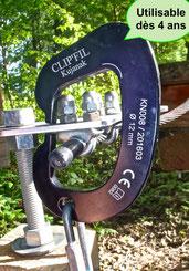 Les dimensions intérieures de la navette permettent un passage fluide des serre-câbles même guidée par un enfant.