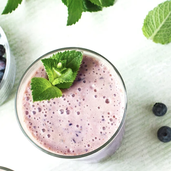 Crush Ice, Puree Fruit, and Whip Up Smoothies with the 5 Best Personal Blenders
