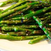 Grilled Asparagus with Lemongrass Garlic Rub
