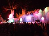 氷祭りメインステージ