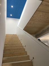 Treppenaufgang aus Trockenbau
