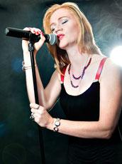 Singing DJane für Ihr Event / Ihre Veranstaltung, Hochzeit oder Party