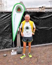 und unser ältester Läufer Paul kurz vor dem Start