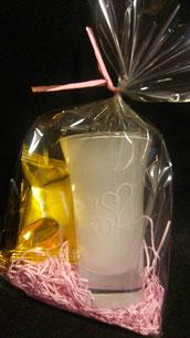 バレンタイングラス¥1000 チョコ付き 隠しメッセージ彫刻 限定8個