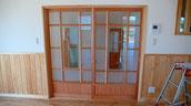 古いガラスを使った格子戸
