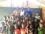 Die Vorschule DYARAMA Meyingbé erhält Besuch von einer Delegation der Primarschule Dyarama Taayaki