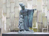 三浦環の像(グラバー園)