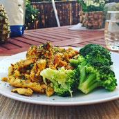 Protein Eiweiß Hähnchenfleisch Reis Brokkoli Rezept Hauptspeise