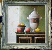 Ingelijste reproduktie  vase on cabinet