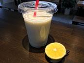 レモン甘酒ラッシー