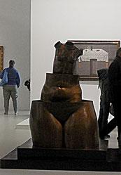 Magritte, La Folie des grandeurs, bronze, 1967 / Exposée au Centre Pompidou, 2016