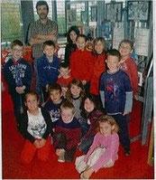 Certains jeunes de l'école Victor-Hugo de Saint-Perreux. Ils ont réalisé des photos qui sont exposées à la médiathèque.
