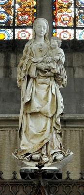 La Vierge au raisin (Eglise St Urbain)