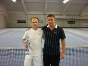 Sieger Jakunin und Finalist Schack