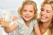 Par exemple l'aloe véra à boire en gel au sélénium grâce a l'ortie blanche ALOE VERA SIVERA, les vitamines VitaAktiv, ProBalance, Reishi.