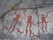 TANUM (Svezia) - Incisioni rupestri che raffigurano cani insieme agli uomini