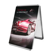 Faltbarer Plakatständer mit Spannstoffgrafik