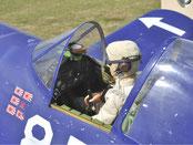 Regardez la photo dans le cockpit