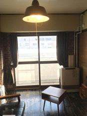 築40年越えの古いアパートの一室をおしゃれなカフェインテリアにDIYでリノベーション
