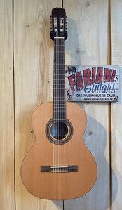 Granada 62 Zeder, Konzertgitarre