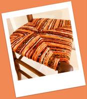 Chaise paillée en torons de tissus. Collection Eté indien de La Mue Créations