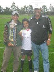 Cristianito Hernández, celebra titulo del 2012
