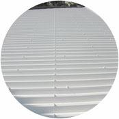 折版屋根遮熱塗装工事