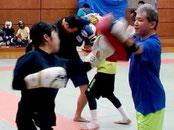 親子でキックボクシング教室