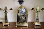Antieke klokkenstellen