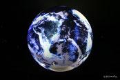 青い地球(ニフレルより)