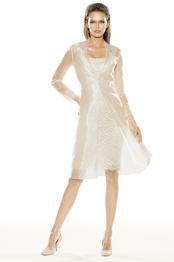 Brautkleid, kurz, von Pronovias