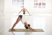Yoga im Freien mit Petra Kargruber Gartner in Steinach Tirol. Jeden Montag und jeden Mittwoch.
