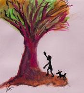 Spaziergang mit Hund zum Baum