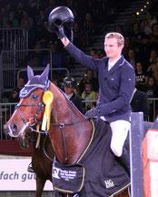 Nisse Lüneburg aus dem niedersächsischen Ütensen gewann mit dem 13jährigen Westbridge den Großen Preis von Sachsen. Foto: bb