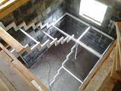 Лестница на второй этаж в дом Тюмень купитьЛестница металлическая кованая Тюмень купить