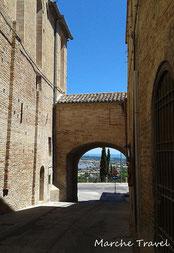 Porta di San Domenico, Recanati