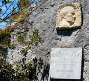 plaque M.Magre à Montségur