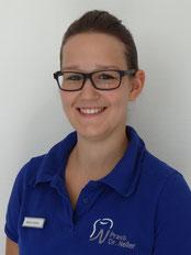 Zahnmedizinische Fachangestellte Marina Fischer