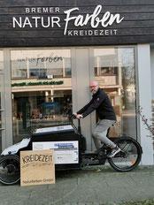 Bremer Kreidezeit Naturfarben: In Bremen Stadt erfolgt die Auslieferung der Ware per Lastenrad