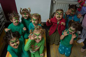 "Die Kreativen Kindertanz Kids als ""Grinchis"""