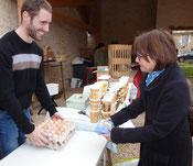 marché fermier à Rom, les œufs de poules plein air