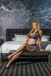 Ivona=Angela-blonde-girl-escort-hotel-amsterdam-heels-beautiful