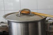 kookpan met pollepel