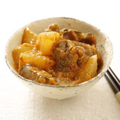 大根と鶏レバーのピリ辛味噌煮込み
