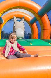 Aire de jeux pour les enfants en baie de somme au clos cahceleux