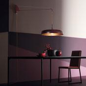 Pendelleuchte - mit Wandhalterung für Innen aus lackiertem Aluminium. Lieferbar in zwei Maßen: Durchmesser von 40 und 60 cm.