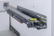 Tischlerei Feinschliff, Schubladenauszug 40 kg verstärkte Tragkraft