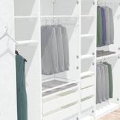 Inneneinrichtung mit Kleiderstange und Einlegeböden